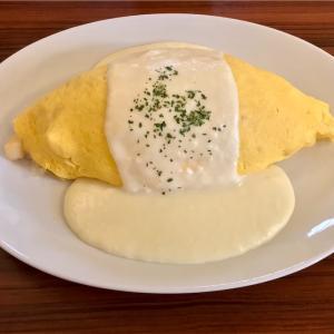 🚩外食日記(459)    宮崎ランチ   「ペニーレイン」★13より、【海の幸のオムライス】【ベイクドキャラメルチーズ(ハーフ)】‼️