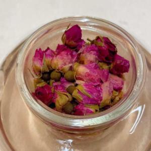 立春には赤いバラのお茶を飲もう!