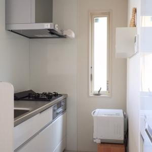 食器棚は持たない。かさばる食器収納。