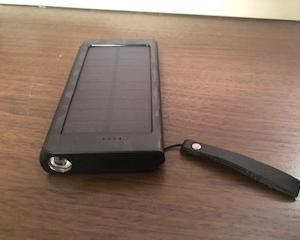 商品レビュー モバイルバッテリー 太陽光付きと夢の続き