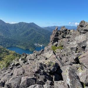 山に登った