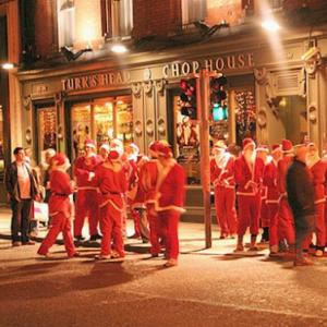 アイルランドのクリスマスの伝統行事