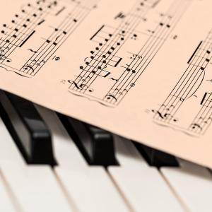 [難聴日記]最近の動向⑤/ピアノ始めました