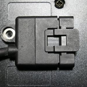 IC-7000リモートケーブル用ネジ