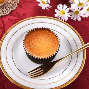 なめらか食感『ファミマ バスクチーズケーキ』