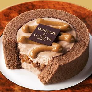 キャラメルソースをトッピング『ローソン Uchi Café×GODIVA キャラメルショコラロールケーキ』