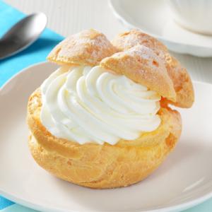 北海道産生クリーム使用『ローソン Uchi Café×生クリーム専門店Milk MILKシュークリーム』