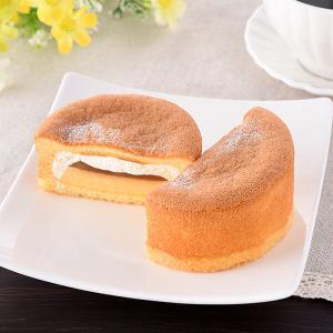 欲張りスイーツ『ファミマ パンケーキにプリン入れちゃいました!』