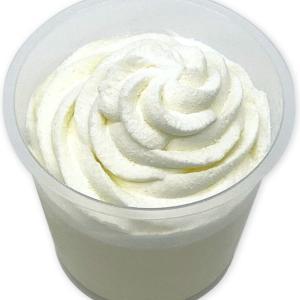 とろけるような食感『セブン ホイップクリームのミルクプリン』