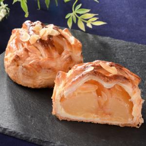 ふじりんごがごろっと1/2個『ローソン Uchi Café Spécialité 陽まるアップルパイ』