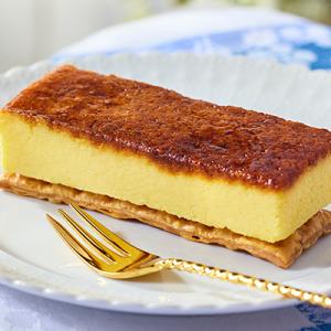 バターと卵黄『ローソン Uchi Café Spécialité 露まろカスタードフラン』