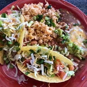 フラッグスタッフでローカルに大人気のメキシカン・レストラン:MartAnne's Burrito Palace