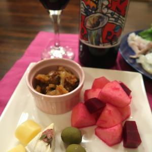 ワインに合わせてヤリイカとツブの刺身