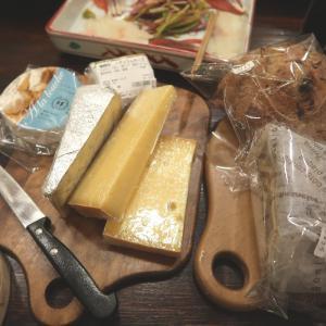北海道チーズとワインで、遠来の友と家飲み
