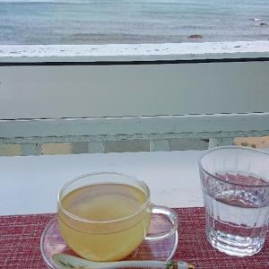 海満喫のカフェ海と硝子で、なごみタイム