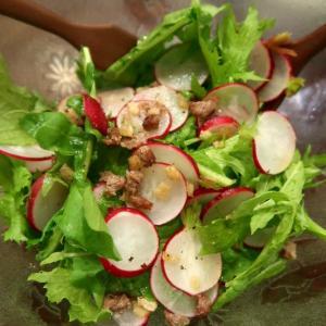 ご近所野菜、ヨアン・マースさんのサラダ