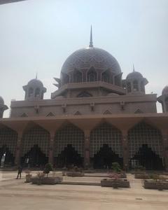 マレーシアのピンクモスクに行ってきました