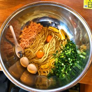 【大食い】にぼ神角ふじ らすかるさんと頂く絶品シンプルメニュー•麦と卵!
