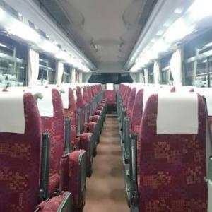 バスの中にあふれんばかりのイッヌが!!まさにもふもふ天国