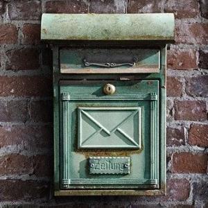 アイルランドで郵便ポストが使えない理由