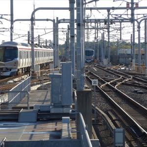 関東日帰り-筑波編(2) つくばエクスプレス 守谷駅 ~3形式の電車とデッドセクション~