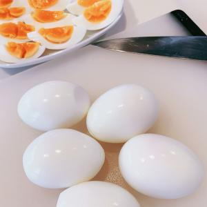 リサイクル用DAISOアイテムで、キレイなゆで卵ができる!