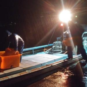 岩崎水産の定置網漁にお供しました。