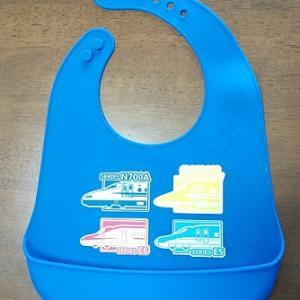 【生後9ヵ月】離乳食用のお食事エプロン、シリコン製のデメリット