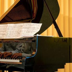 ピアノも弦楽器?!ピアノとギターには深い関わりが…!!