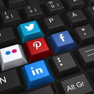 ブログ記事の SNS シェアメッセージをカスタマイズして自動共有しよう!