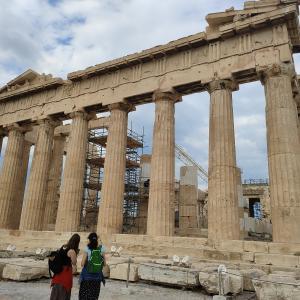 【ギリシャ】混雑のパルテノン神殿、入り口選びは重要なようです。