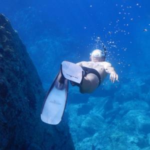 人間が深海に潜るとどうなる?【体が潰れる前に……】