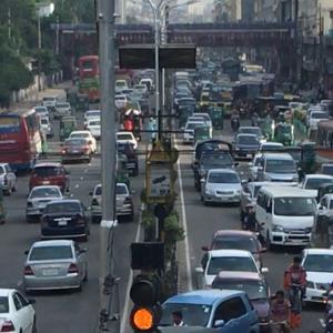 ダッカ市内の交通手段を勝手にまとめてみる 〜UberMOTOがかなりイケてます〜
