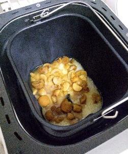 ホームベーカリーで栃餅作り