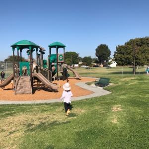 """トーランスの公園-プリスクール隣の安心して遊べる公園 """"Greenwood Park"""""""