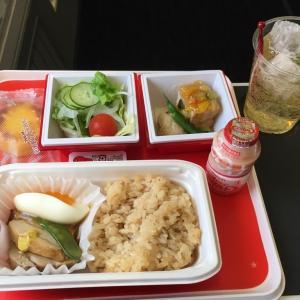 【グアム旅行記】写真多めに、グアム便のJAL機内食を公開!