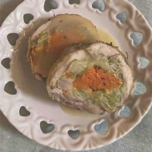 【節約×おしゃれ】鶏モモ肉でチキンロール (レモンバターソース)🍋