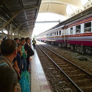 タイの鉄道に乗る27その1【普通279列車バンコク~アランヤプラテート】