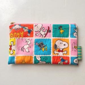 手縫いの力 - スヌーピーのフラットポーチ