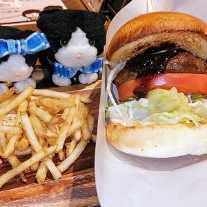 上野歩き ⑩#ハンバーガーにゃ