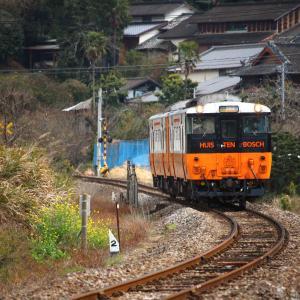 JR九州 大村線 キハ66・67形 キハ200形 岩松駅