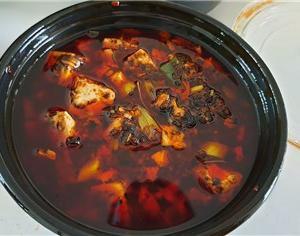 第十九代目鈴木飯店から「中華料理」のデリバリを取ってみた。美味しかった~。
