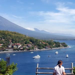 バリ島アメッドの絶景ポイントまでのお散歩