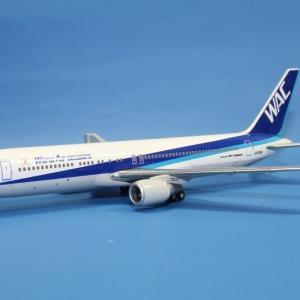 全日空商事 WAC B767-300ER JA8286 1/400スケール WL40040