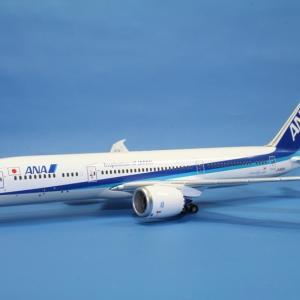 全日空商事 ANA B787-9 JA830A 1/400スケール NH40108
