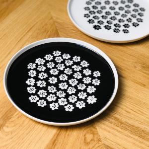 マリメッコの人気食器 PUKETTI(プケッティ)◎ フィンランド限定の花柄モノトーンプレート𓇼