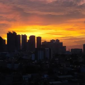 今日でちょうど丸3年 I moved into Manila just 3 years ago.