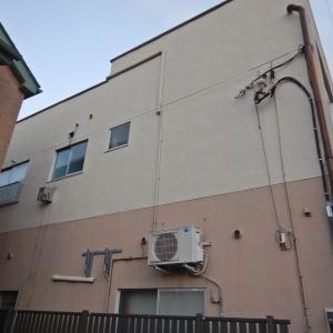 既設の施設を利用し、難易度を下げてのエアコン設置