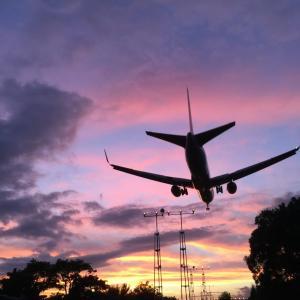 伊丹空港近くの飛行機が見られる場所