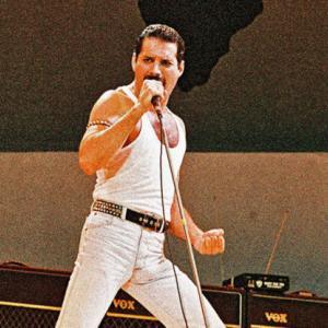 Queen Freddie Mercuryクイーン フレーディーマーキュリーさんを占いで見ました